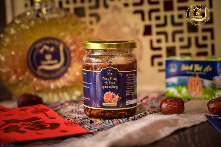 Sản phẩm đông trùng hạ thảo tươi ngâm mật ong Vietfarm