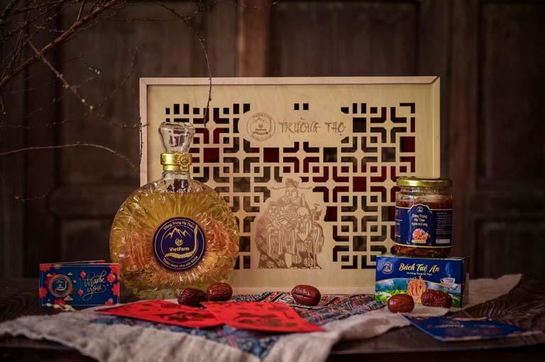 Set quà Trường Thọ Đông trùng hạ thảo Vietfarm sang trọng, tinh tế và tốt cho sức khoẻ người cao tuổi