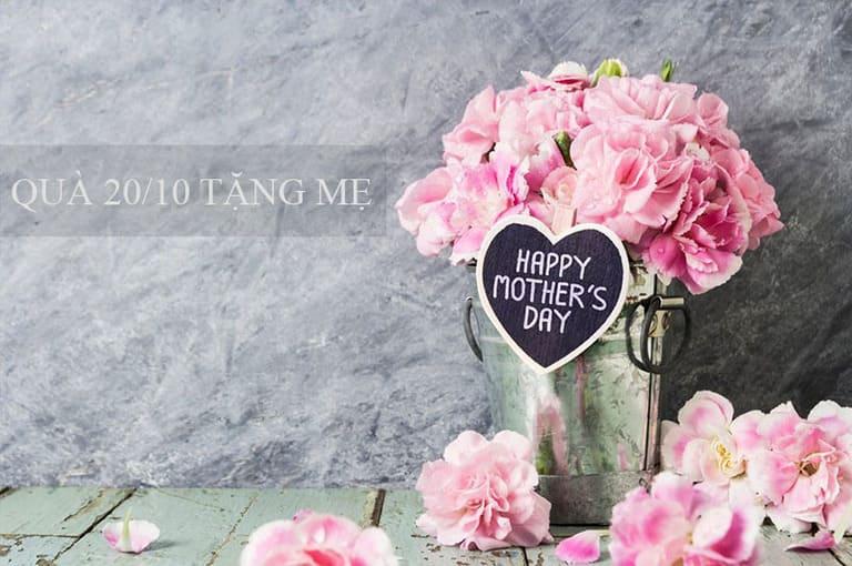 Hoa là một món quà được phổ biến được sử dụng trong ngày lễn 20/10